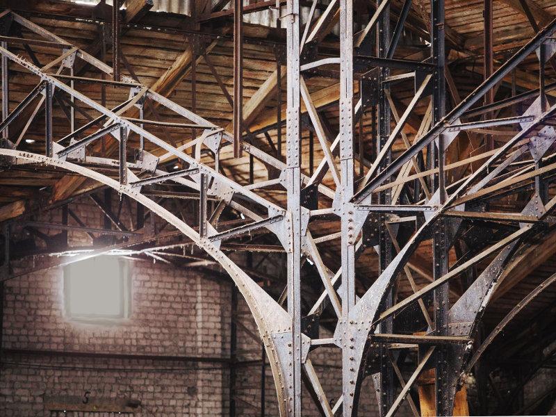 Элементы конструкции пакгаузов в 2015 году. Фото Михаила Солунина